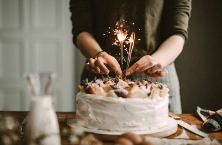 как провести день рождения фото торт